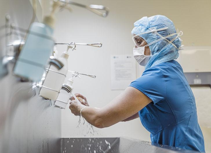 Sıradaki koronavirüs krizi doktor ve hemşire sıkıntısı mı olacak?