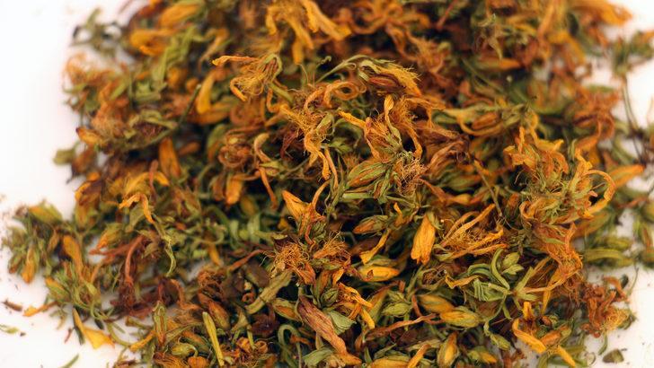Stresi azaltmaya yarayan 5 bitki çayı