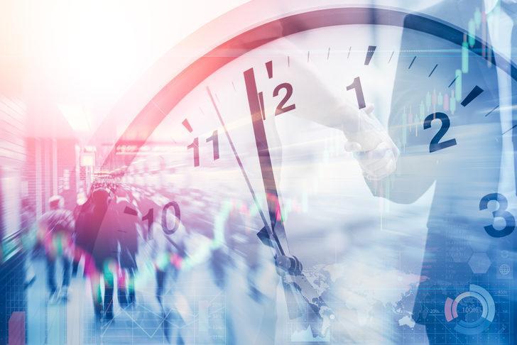 Türkiye'de şu an saat kaç? Saatler ileri alındı mı?