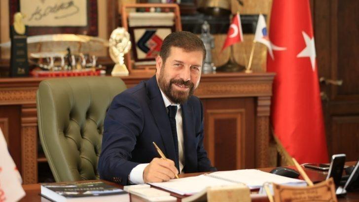 Balıkesir'de belediye başkanı maaşını kronavirüsten işsiz kalanlara bağışladı