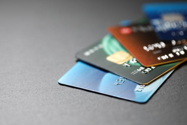 Resmi Gazete'de yayımlandı! Kredi kartları ve banka kartlarında değişiklik!
