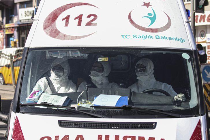 112'yi arayıp yardım istedi, gelen sağlık ekibine saldırdı