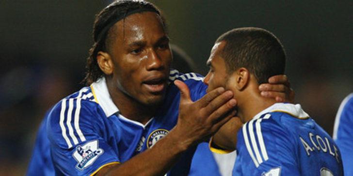Chelsea'nin eski yıldızı Ashley Cole saldırıya uğradı!