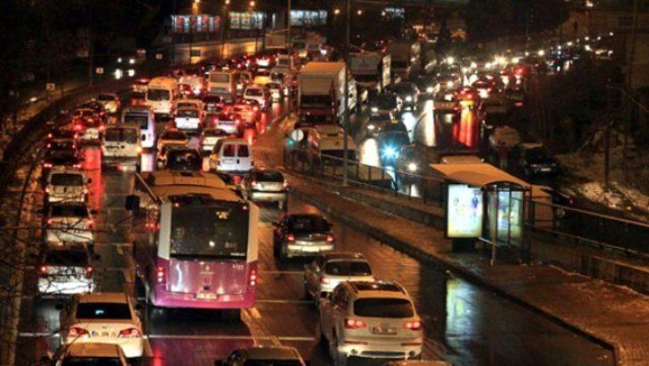 İstanbul'a giriş-çıkışına izin verilenleri Vali Yerlikaya açıkladı