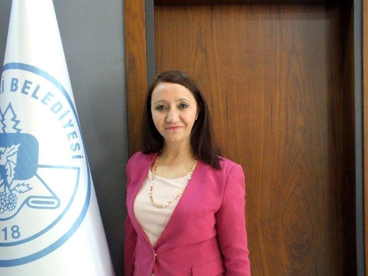 Başkan Tekin 1 maaşını 'Biz Bize Yeteriz Türkiyem' kampanyasın bağışladı
