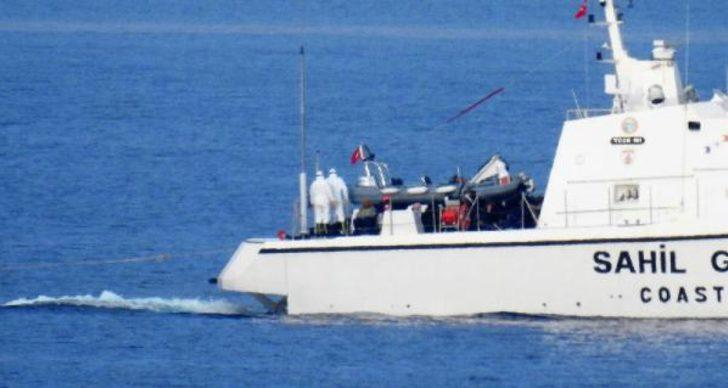 Yunanistan'dan insanlık dışı muamele! Yakıtlarını alıp denizin ortasında bıraktılar