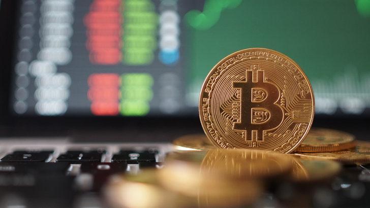 Bitcoin yeniden 8,000 doların üzerinde