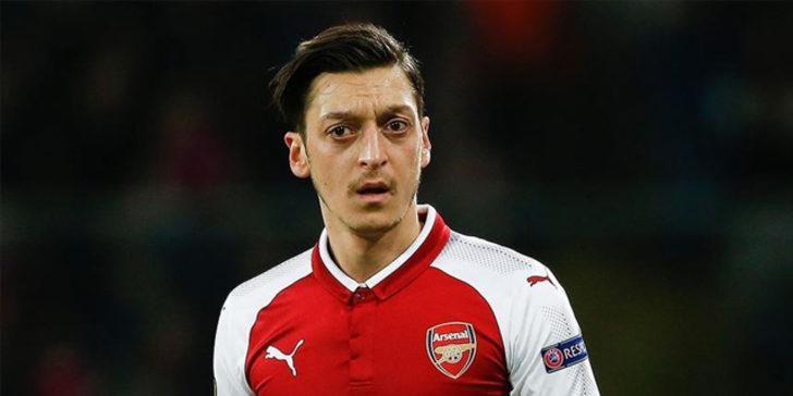 İngiltere'de maaş krizi büyüyor! Mesut Özil'in menajerinden açıklama