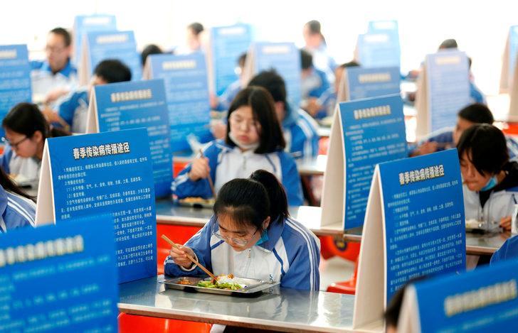 Çin'de koronavirüsten 2 kişi hayatını kaybetti
