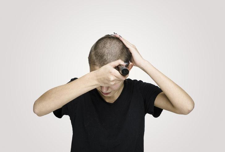 Neden karantinada saçımızı tıraş etmek istiyoruz?