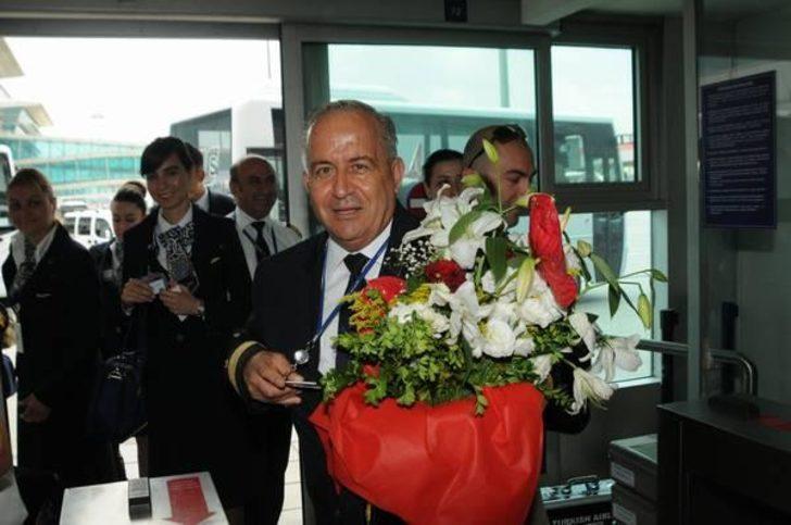 Emekli pilot Mustafa Özden Türkon koronavirüs nedeniyle hayatını kaybetti
