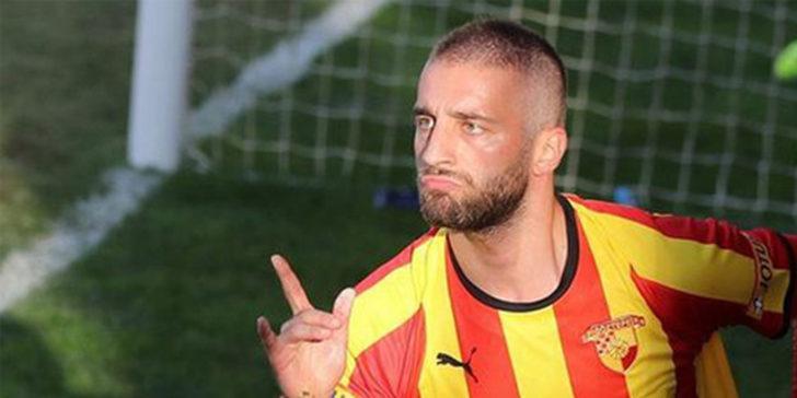 Galatasaray ve Fenerbahçe'nin ilgilendiği Alpaslan Öztürk konuştu