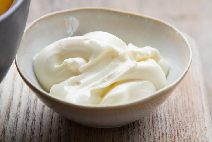 Ünlülerin herkesten sır gibi sakladıkları saç bakım sırları! Karbonat, yumurta...