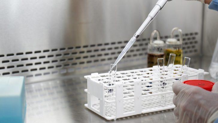 Dornaz Alfa: Prof. Dr. Ercüment Ovalı'nın 'Covid-19 ilacı' açıklamasıyla başlayan tartışmada kim, ne dedi?