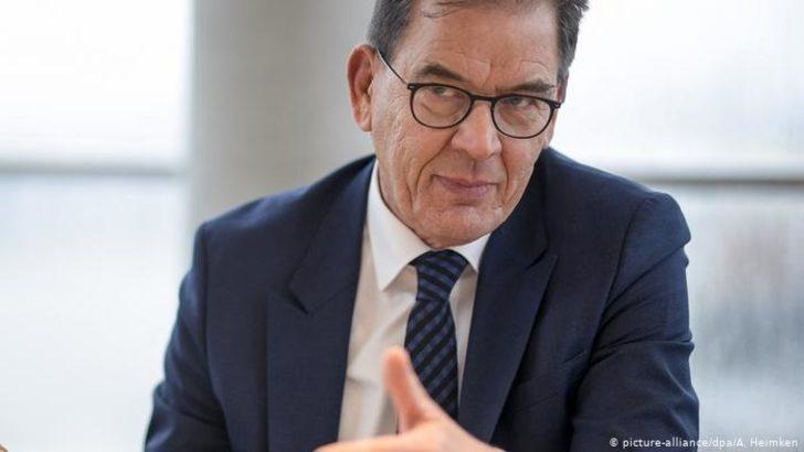 Alman bakandan milyarderlere yardım çağrısı