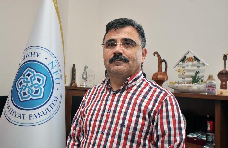 NEÜ AKİF Dekanı Karapınar Ramazan ayı ile ilgili tavsiyelerde bulundu