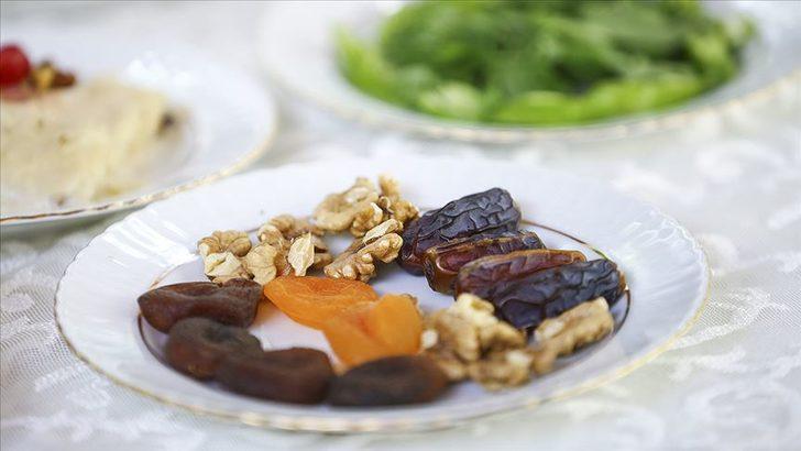 Şeker hastaları Ramazan'da oruç tutabilir mi? İşte oruç tutamayanlar ne yapacak?