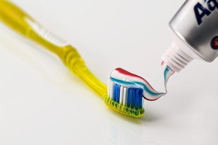 İşte mutfak dolabı temizliği için en pratik bilgiler! Diş macunu...