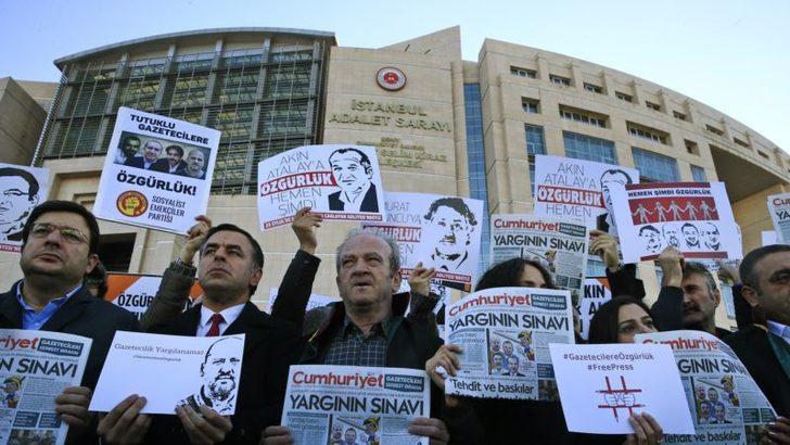 ''10 Yılda 11 Bin Gazeteci İşsiz Kaldı 85 Gazeteci Hala Tutuklu''
