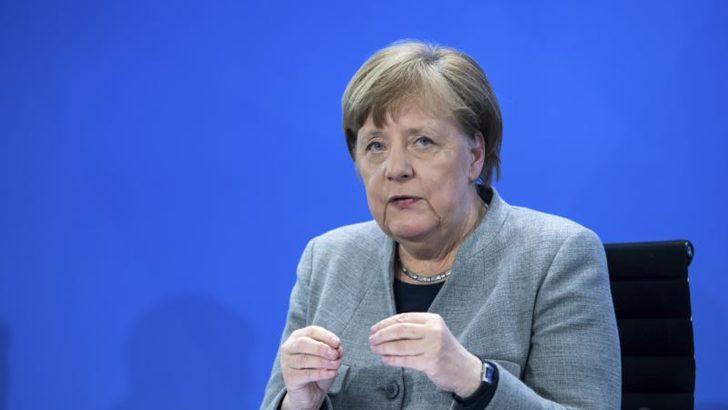 Almanya'da ''Merkel Yeniden Aday Olabilir'' İddiası