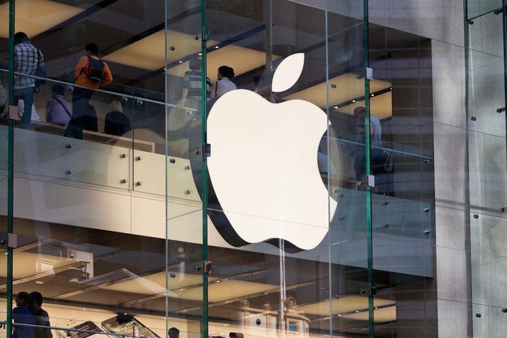 Hayat Apple için de normalleşiyor: Apple Store'lar kapılarını açıyor!