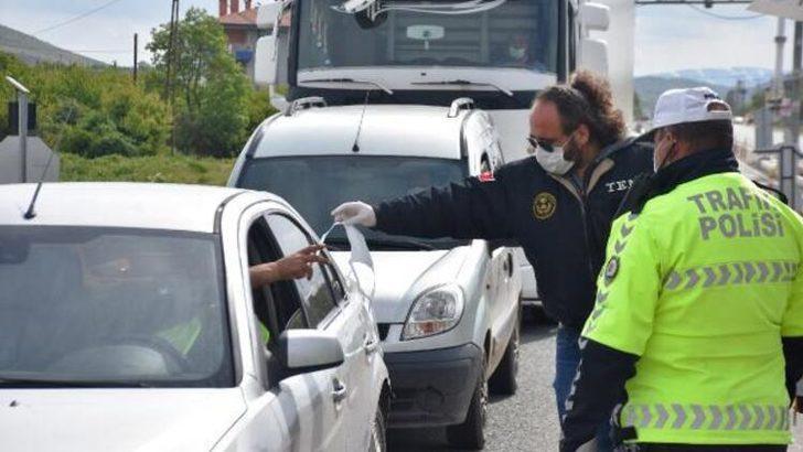Seyahat kısıtlamasının sona erdi, Malatya'da araç yoğunluğu başladı