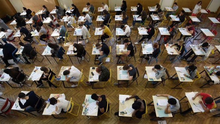 YKS 2020: Sınav tarihinde yapılan değişiklik öğrencileri nasıl etkileyecek?