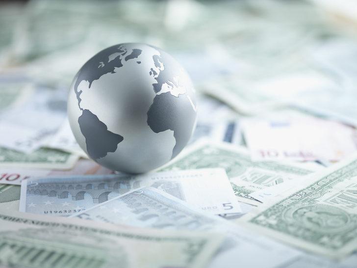 Küresel ekonomi Kovid-19 nedeniyle 2020'de yüzde 4,4 küçülecek