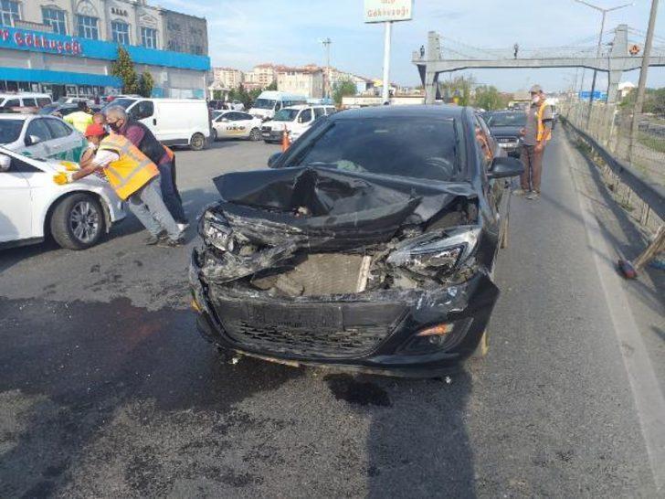 İstanbul Silivri'de 8 aracın karıştığı zincirleme kaza! Yaralılar var