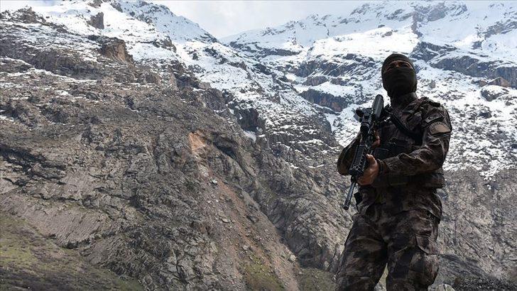 Son dakika: PKK'ya peş peşe darbe! 7 terörist etkisiz hale getirildi