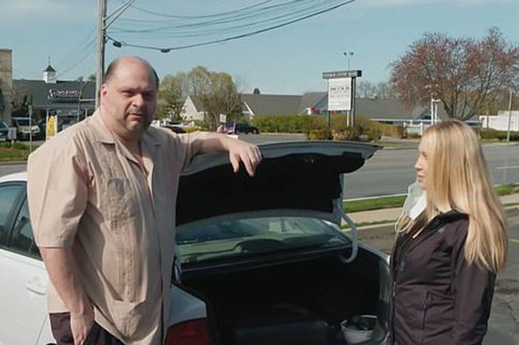 Cinsel ilişki karşılığında evini ücretsiz verebileceğini söyleyen ev sahibi fena yakalandı