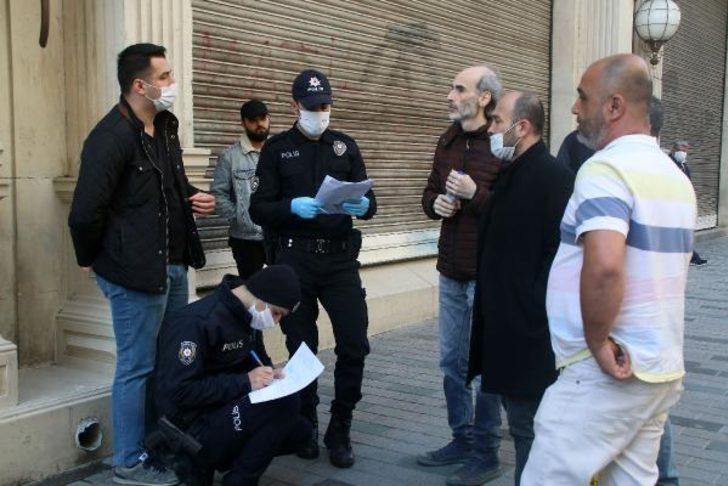 İstiklal Caddesi'nde maskesiz dolaşanlara 1000 lira ceza kesildi!