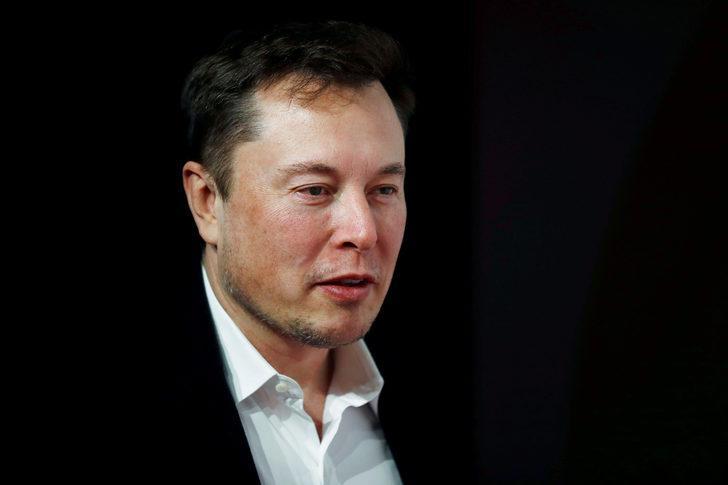 Musk, bebeklerine verdikleri ilginç ismi savundu!