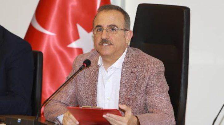 AK Partili Sürekli'den koronavirüs açıklaması: Mutlu sona doğru gidiyoruz