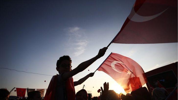 Türkiye'de darbe tartışması nasıl başladı, kim ne söyledi?