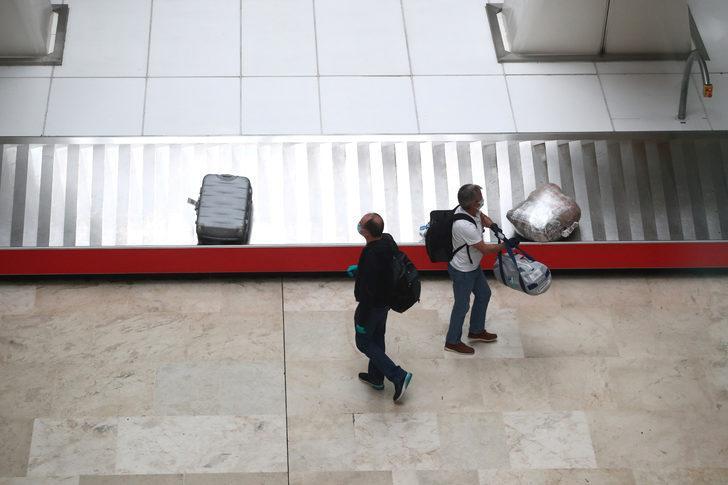 İspanya'da Covid-19 mağdurları hükümeti mahkemeye verdi