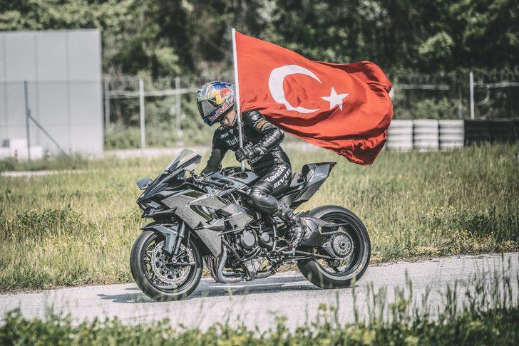 Red Bull'un efsane eski sporcusu Kenan Sofuoğlu'nun hayat hikayesi film oldu