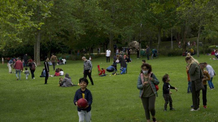 İstanbullu Çocuklar Dışarıda Olmanın Tadını Çıkardı