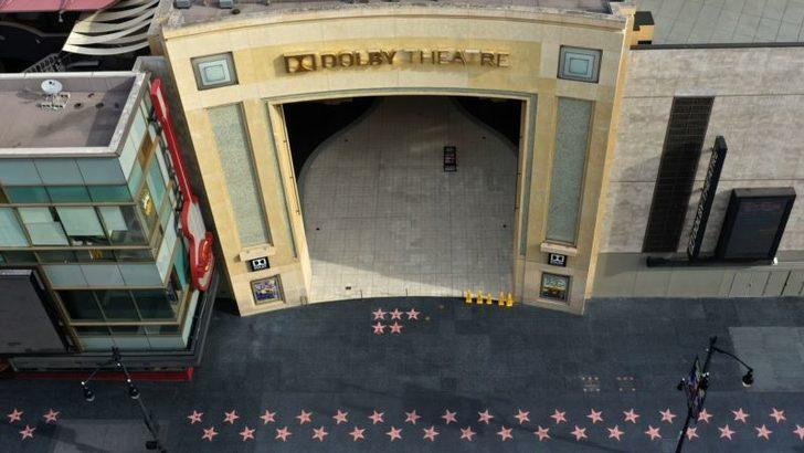 Hollywood Corona Salgını Sürecinde Porno Sektörünü Örnek Alabilir