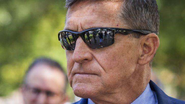 Trump'tan Flynn'e Şükran Günü Öncesi Af