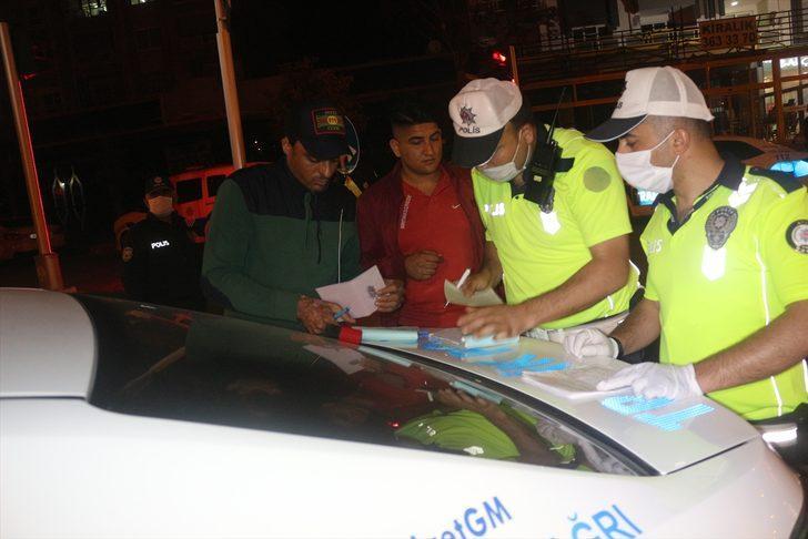 """""""Gürültü cezasına"""" itiraz eden otomobil sahibine polis araçlarının egzoz sesi dinletildi"""