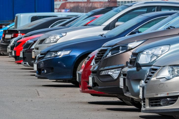 Bu hibrit araç önerilerine göz atmadan araba almayın! Piyasanın en avantajlı aracı...