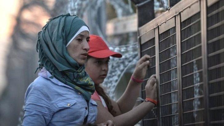 AB Adalet Divanı: Macaristan'ın mültecilere sınırda gözaltı uygulaması 'yasadışı'