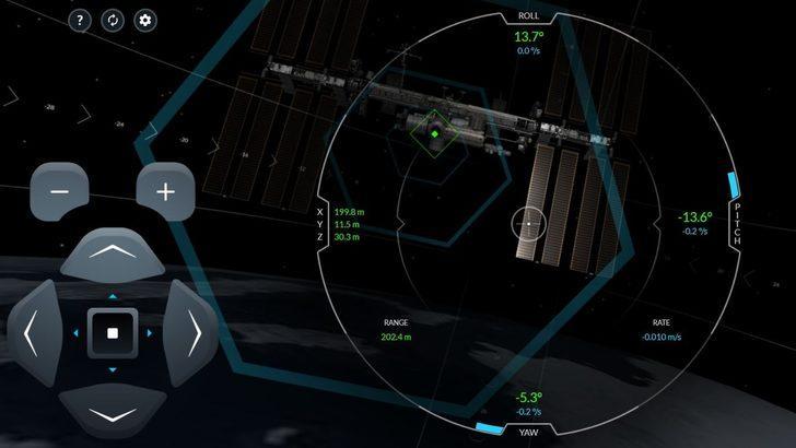 SpaceX'ten uzay simülasyonu: Dragon mekiğini uluslararası uzay istasyonuna bağlayabilir misiniz?
