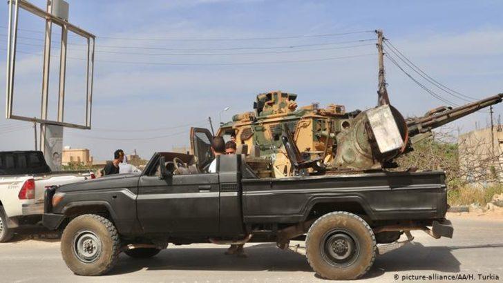 Libya'da UMH güçleri Vatiyye üssünü geri aldı