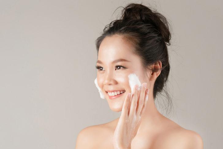 Genç kalmanın sırrı açıklandı! İşte 10 adımda Koreli kadınların gençlik formülü...