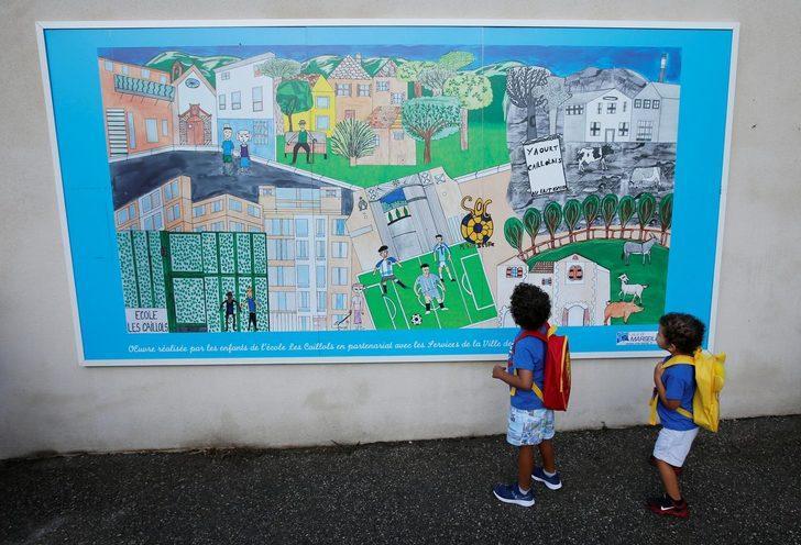 Okullar açıldıktan sonra 70 öğrencide korona tespit edildi