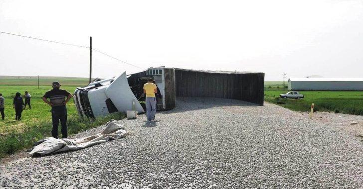 Kulu'da tır ile otomobil çarpıştı: 3 yaralı