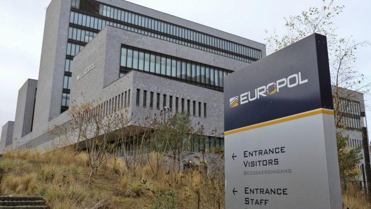 """Europol: """"Salgın Sırasında İnternette Pedofili Faaliyetleri Arttı"""""""