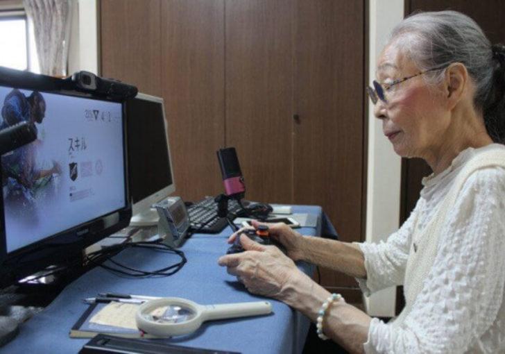 Dünyanın en yaşlı bilgisayar oyuncusu rekorlar kitabına girdi
